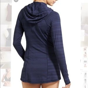 Athleta vitamin sea upf tunic jacket. Navy blue